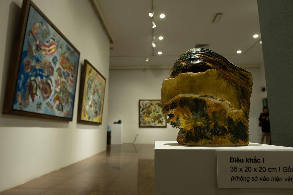 VNews | Văn hoá toàn cảnh | Triển lãm ĐINH PHONG